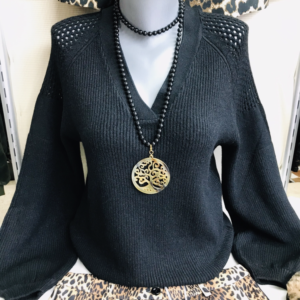 collier coco et pull caracas odemai
